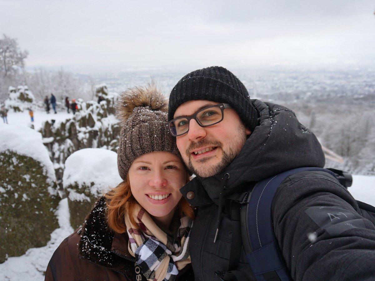 Selfie-Time vor einer tollen Kulisse! 😊 #Bergpark #wonderfullview #blickaufkassel #aussicht #herkules #kassel #trip #sony #a6300 #endlichurlaub