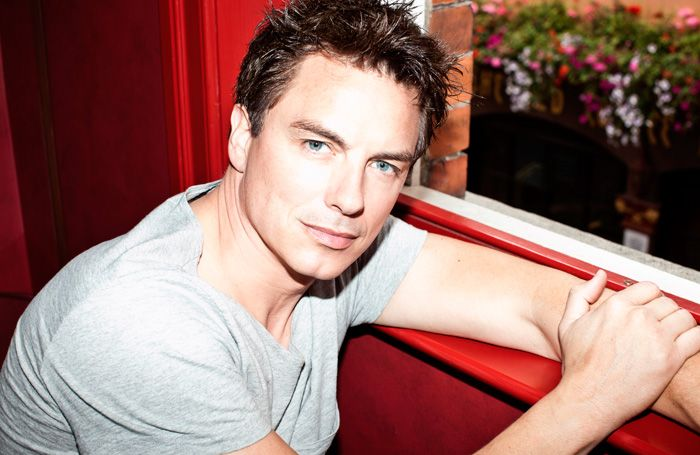 RT @TheStage: .@JohnBarrowman to appear with @SethRudetsky in London concert series https://t.co/ZJpKZgzZ9Y https://t.co/mMxAQuyrhR