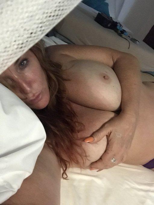 Good morning lover https://t.co/neGApVNb4t