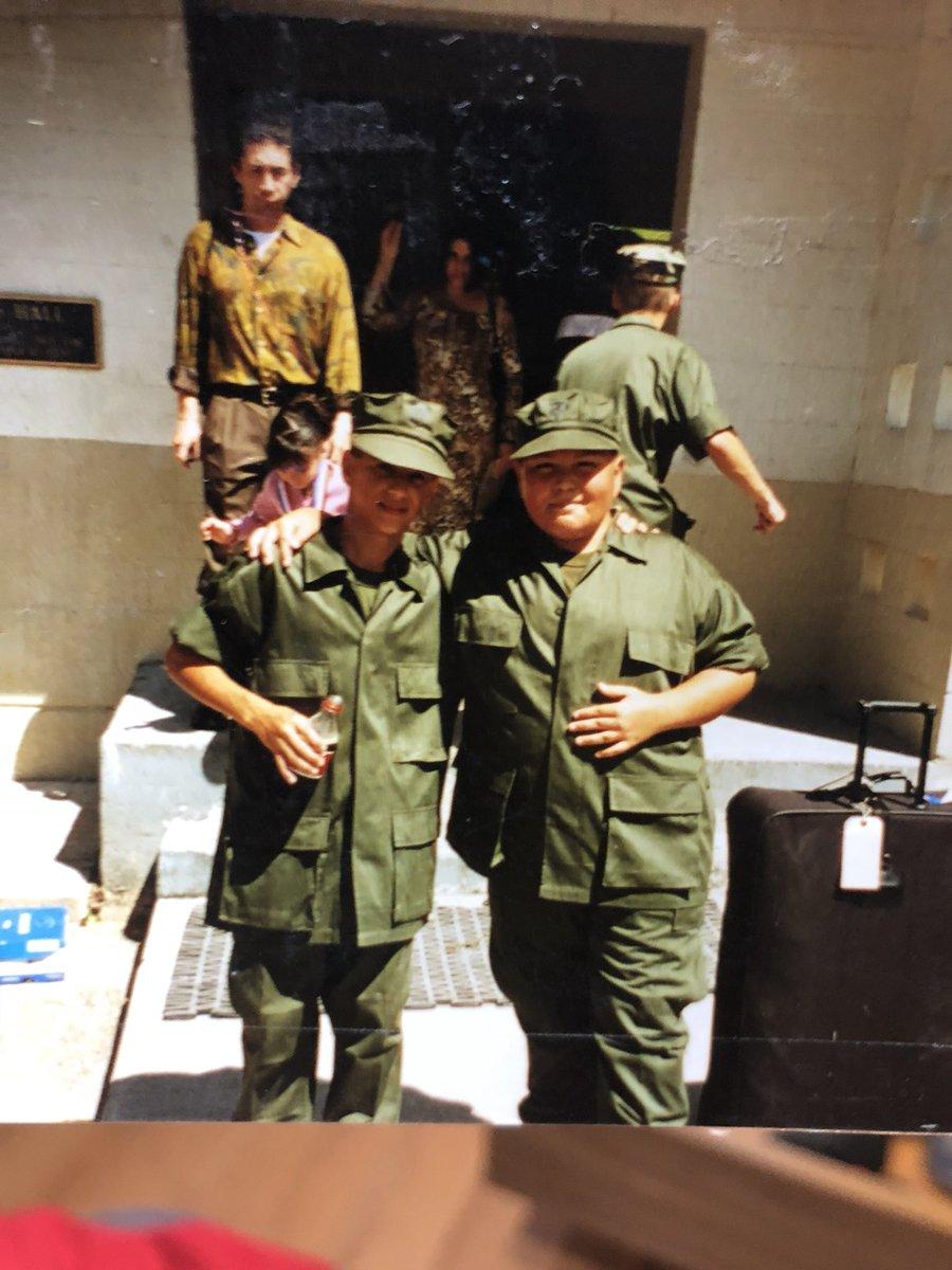 Pachincito militar 😂😂😂 https://t.co/UT6h...