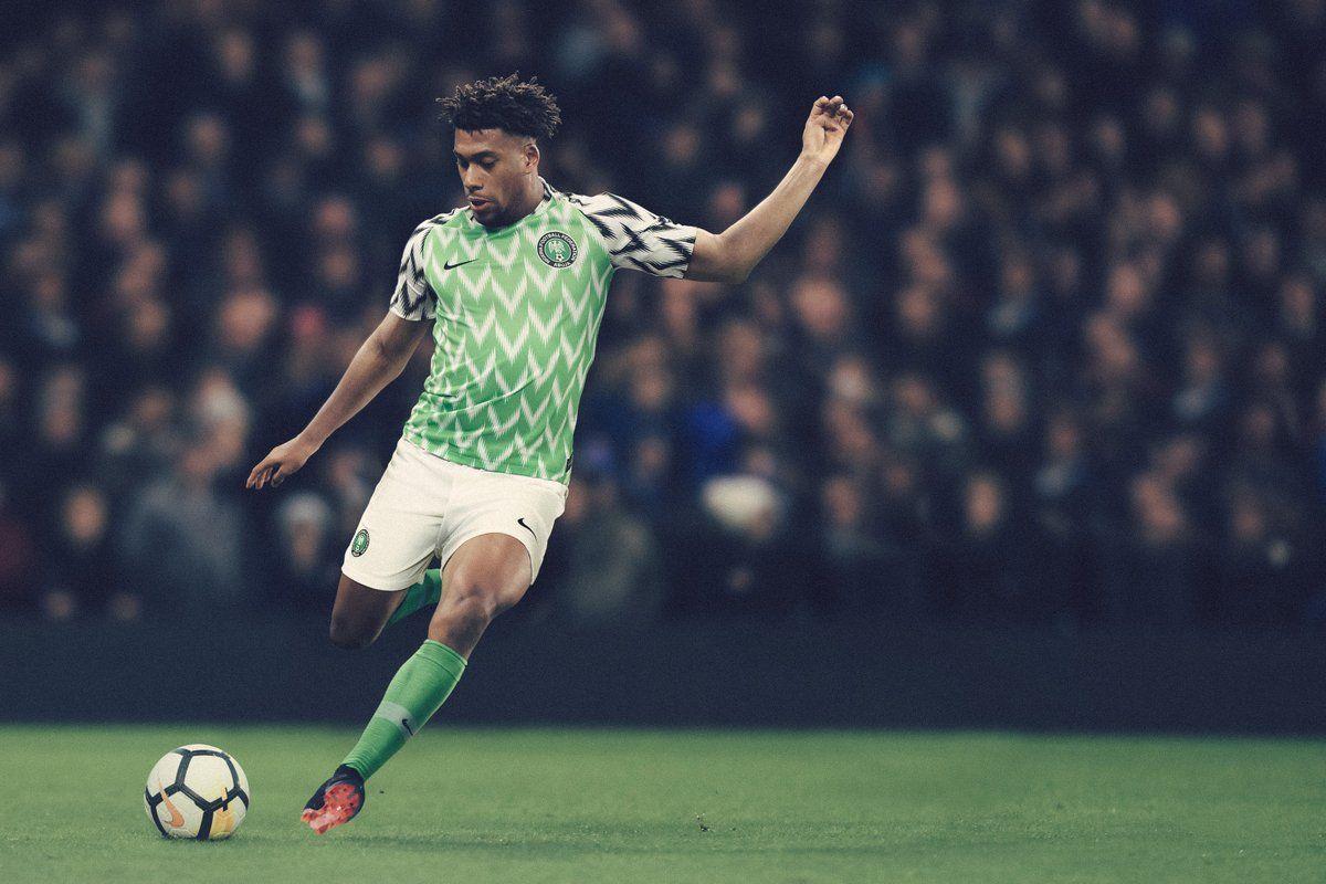 Alex Iwobi modelling Nigeria's new 2018 Home Kit... �������� https://t.co/ssf5e5Mznj