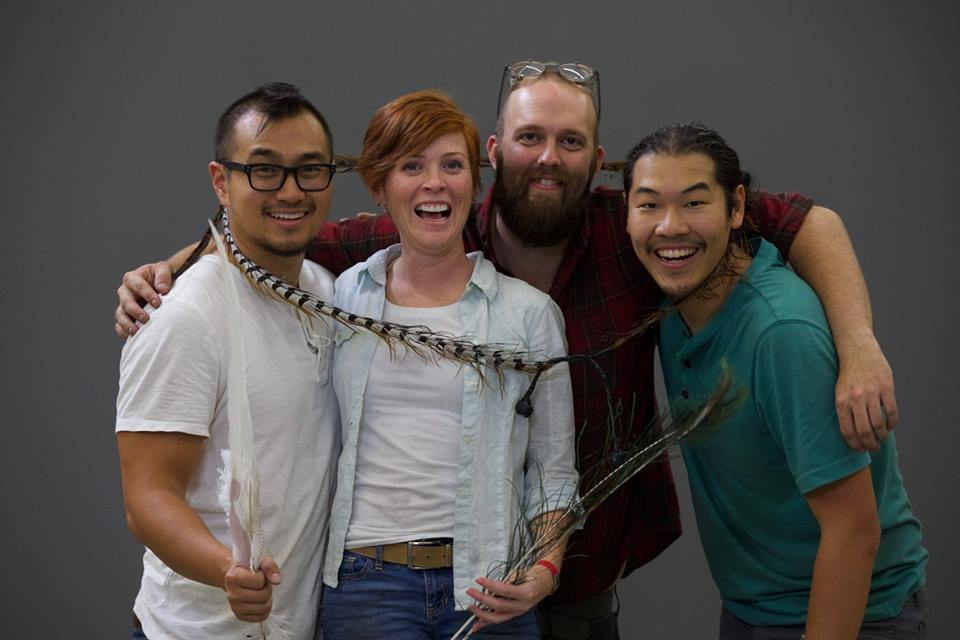 Can you push someone over with a feather? The gang's all here (@BSForgery @jonjuhanlung @tlynnr85 @AnyTechnology) to find out. Watch #MythBusters tonight at 9/8c on @ScienceChannel, and join them right here LIVE on Twitter too! (Well, minus @BSForgery. He's otherwise committed.)