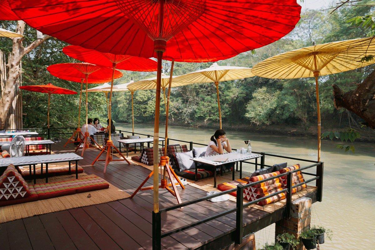 """กินไม่เกิน100 Report on Twitter: """"(ดูเต็มในเพจ) Vartika Cafe คาเฟ่ริมแม่น้ำปิง  เชียงใหม่ โซนด้านหลังทำเป็นระเบียง แบบปูเสื่อกับหมอนอิง สงบ+สบายเว่อออ  ราคาอาหารกับเครื่องดื่มพอตัว แต่อาหารอร่อยดีงาม #อร่อยไปแดก #อร่อยนะรู้ยัง  #reviewchiangmai #อร่อย ..."""
