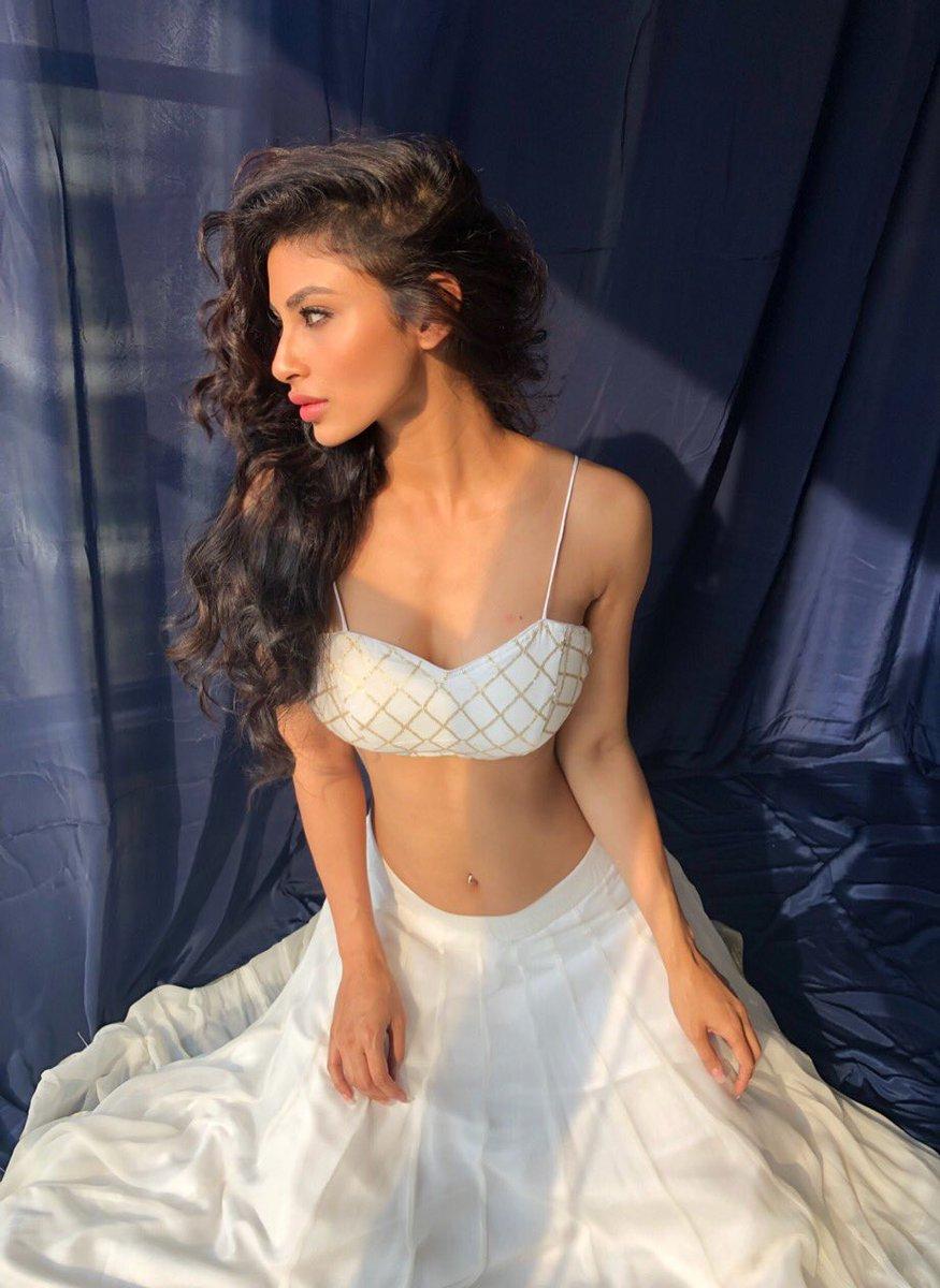 mouni roy, hot, sexy, 2018, pics, hd, photos, wall paper, wallpaper, pictures, actress, naagin, nagin, shivanya, white, dress