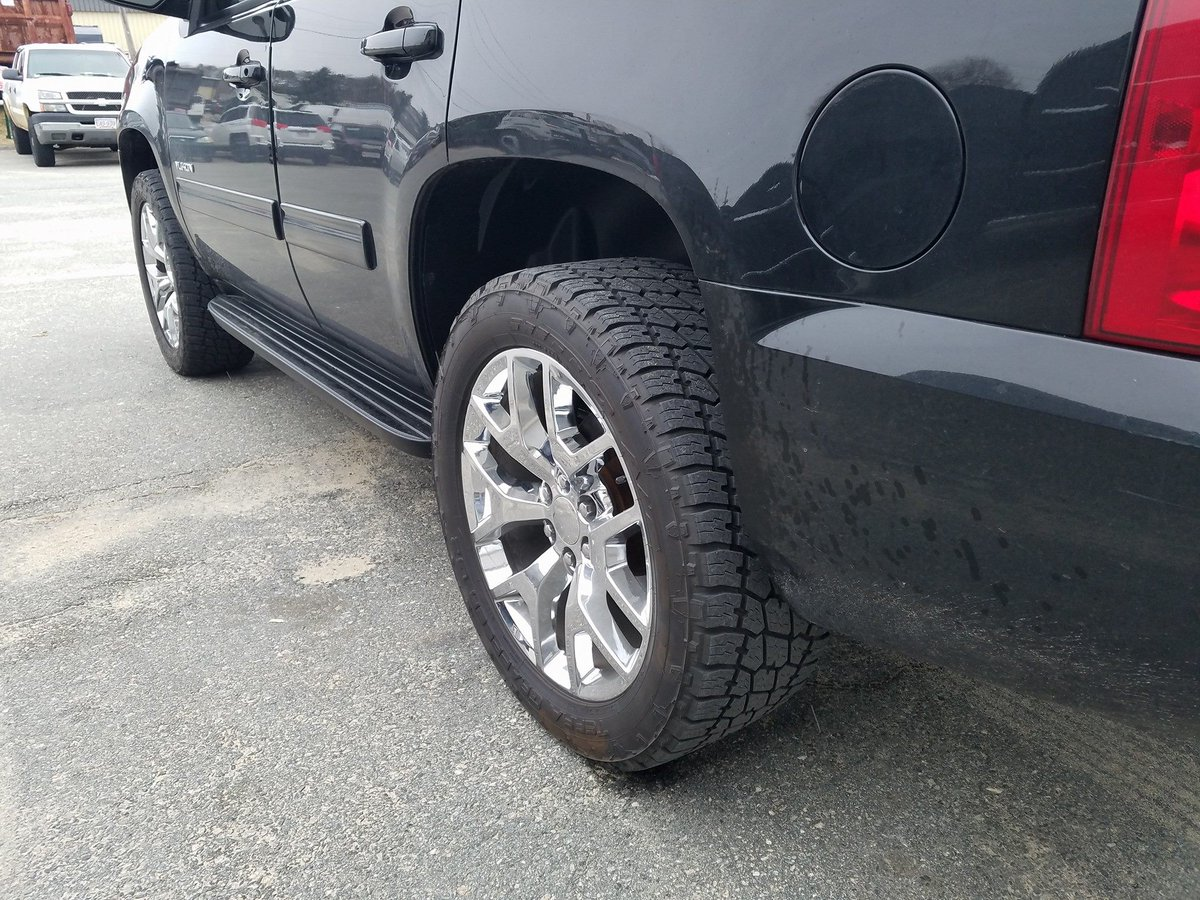 "Drivers Edge on Twitter: ""Chris's 2013 GMC Yukon in for a ..."
