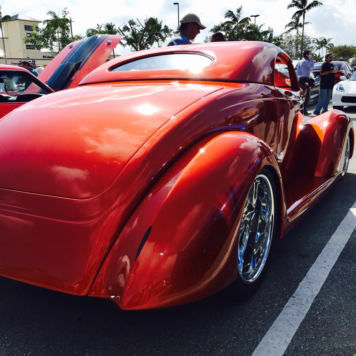 Palm Beach Outlets On Twitter We Like Big Cars And We Can Not Lie - Car show palm beach outlets
