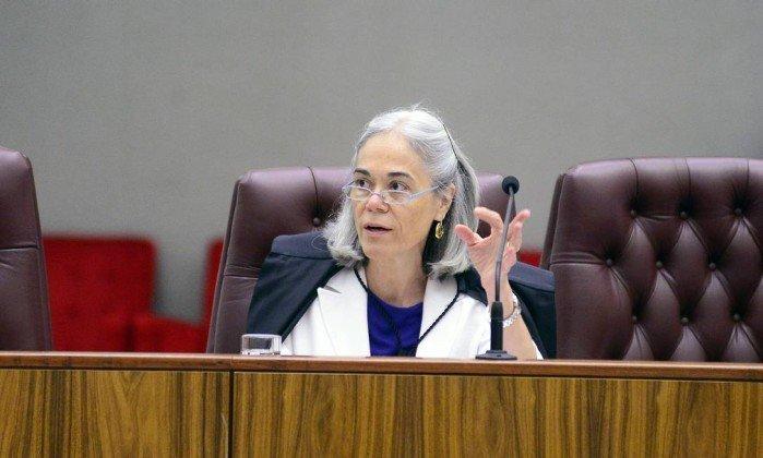 Relatora no STJ vota para Adriana Ancelmo voltar à prisão, mas ministro pede vista https://t.co/LSkoE4o2zu