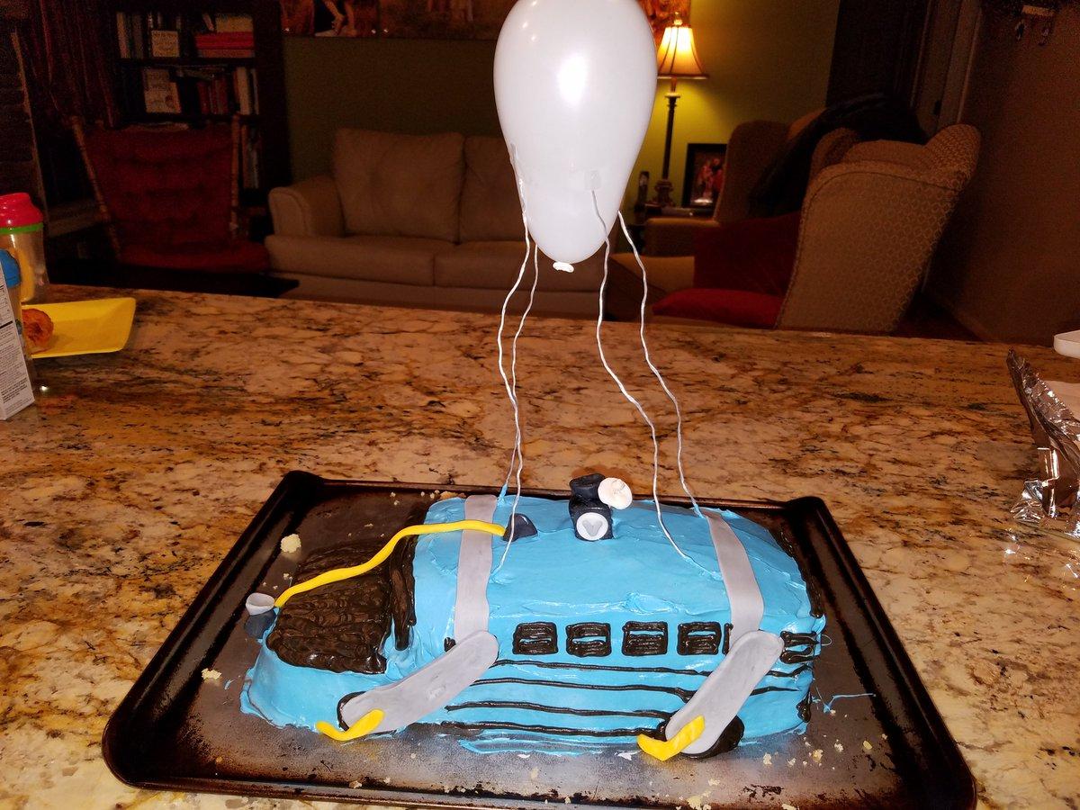 Fortnite Birthday Battle Bus Song Ajicukrik Fortnite Battle Bus Cake