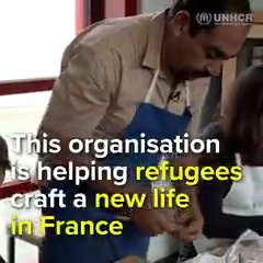 As a refugee, Yasir thought his life as an artist was over. But this initiative helped him share his craft and skills with the community: trib.al/oA6O4sl