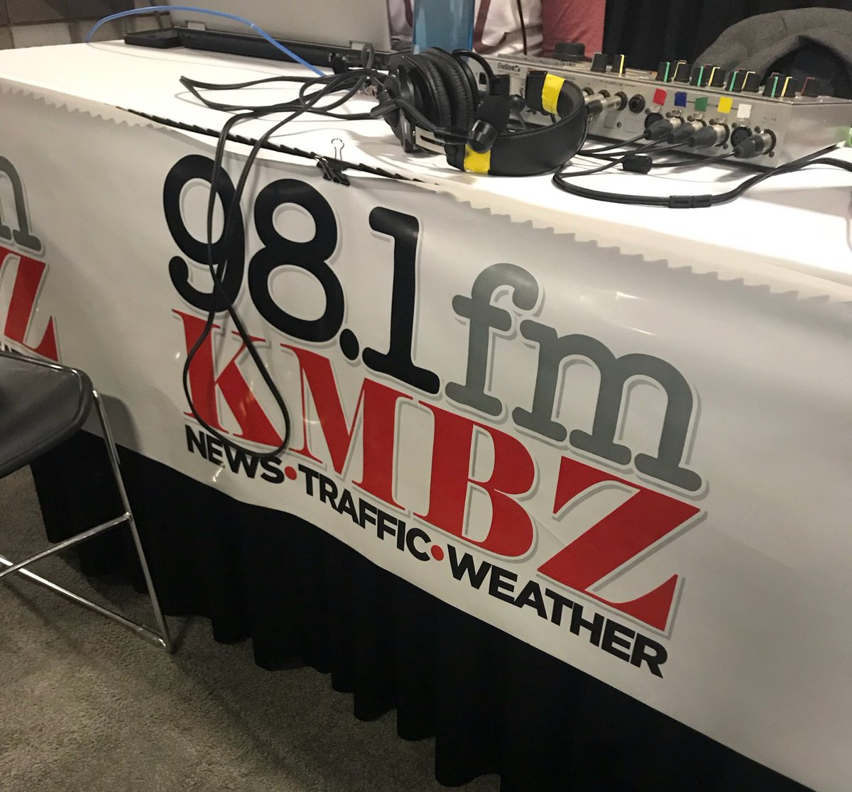 'Bout to go LIVE with @kmbzradio https:/...
