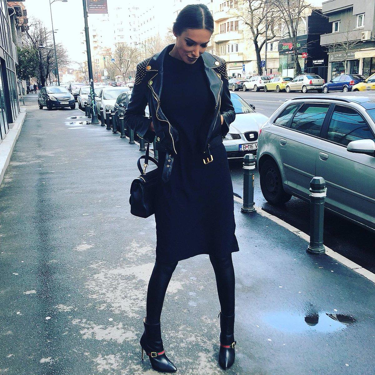 Flawlesseva on Twitter: U know who I am 🙂.…