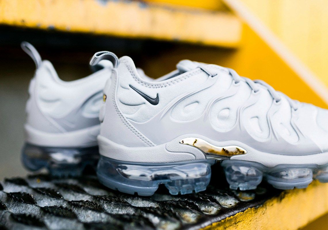 """50ab0375853c3 Nike just released a """"wolf grey†air vapormax plus - nike vapormax plus"""