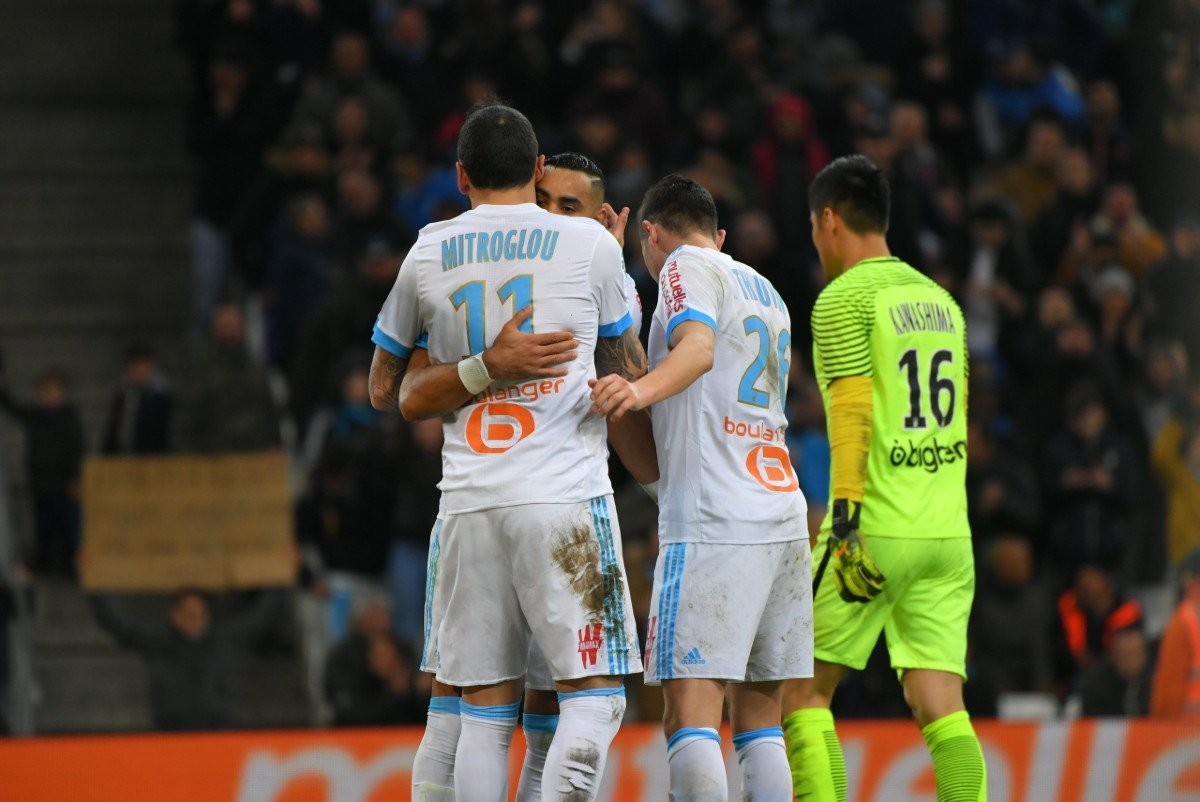 Friday night football seems to be the perfect time of the week for #OM!   #FCNOM -   #SMCOM -  #OMFCM  -   #ASSEOM ......?<br>http://pic.twitter.com/rC459MgwjL