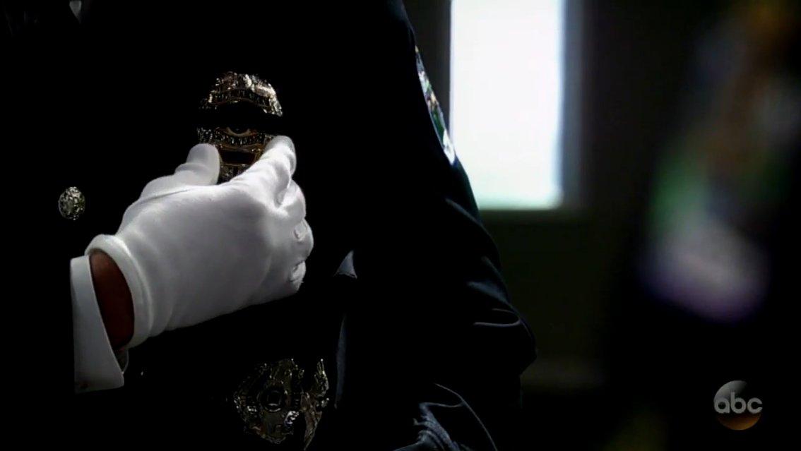 Farewell, Detective Nathan West  DVnZ2Q_U8AEuNB6