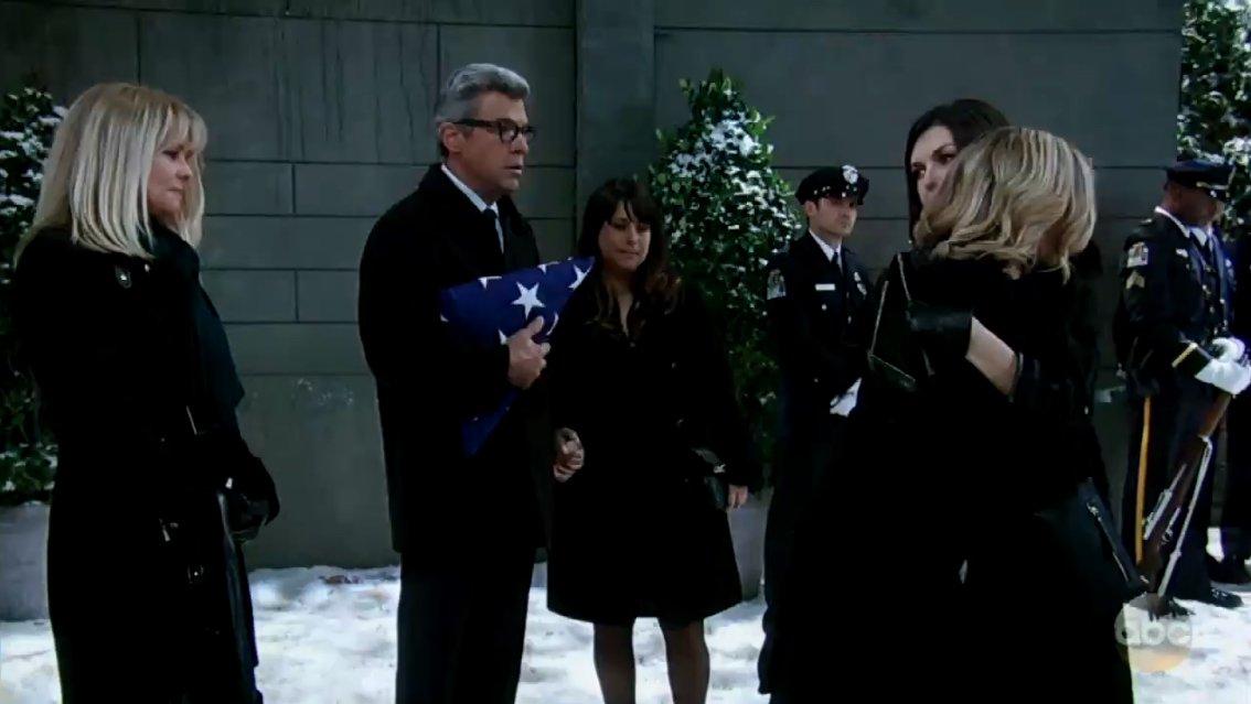 Farewell, Detective Nathan West  DVnk5qMVQAAH8wq