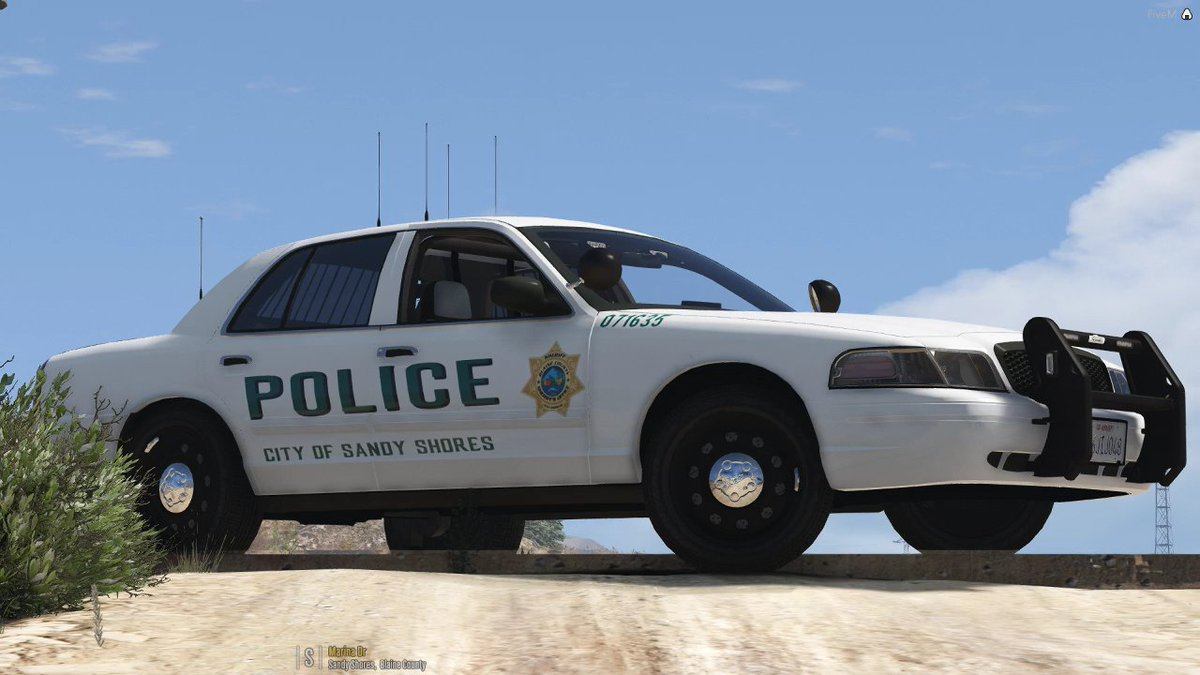 Crown Vic for the win  Love the new Sandy Shores Police
