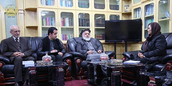 ملاقات وزیر عدلیه با سرپرست بخش حاکمیت قانون یوناما moj.gov.af/fa/news/335016