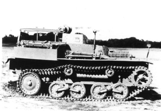 "日本戦車bot on Twitter: ""一〇〇式観測挺進車 テレ 機動砲兵用の弾着 ..."
