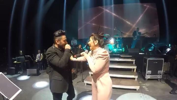 بالـ #فيديو: مفاجأة #تامر_حسني لـ #شيرين...