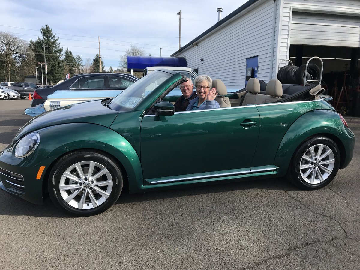 Jose Mesa Auto Whsle On Twitter My Second 2018 Volkswagen Beetle Convertible In The Last Two Weeks Pat Is Hy And Her Husband Tom For Ride