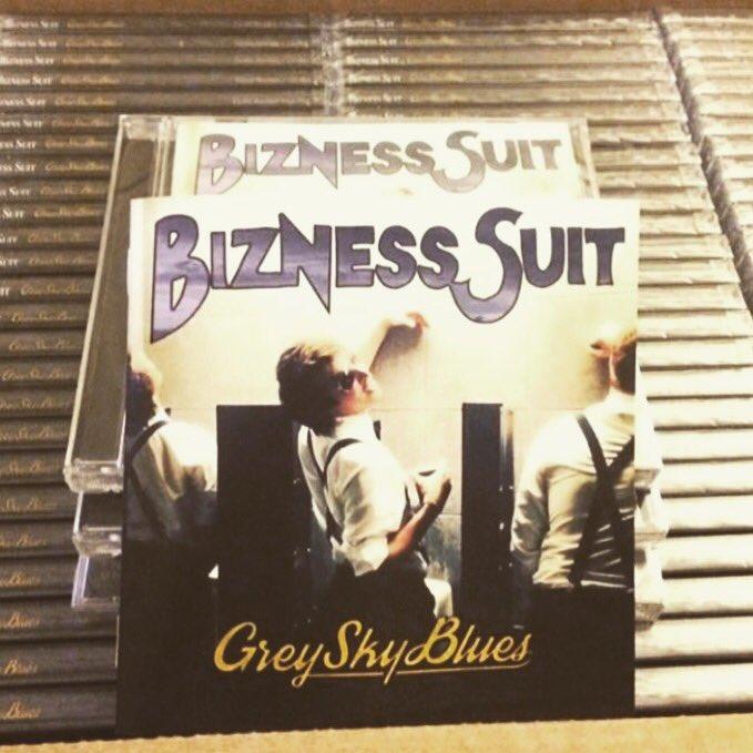 bizness suit
