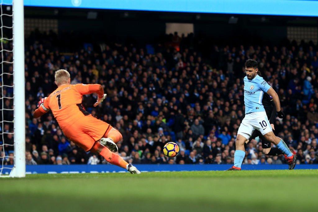 Premier League : Man City écrase Leicester, quadruplé d'Agüero !