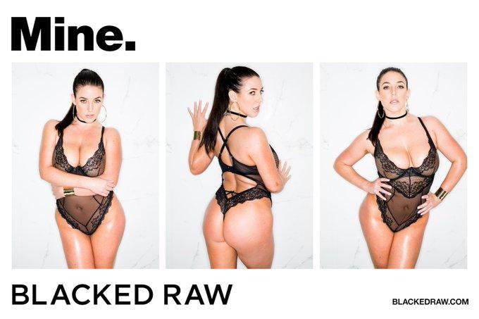 That cock is finally MINE. https://t.co/l4b0dXCtK8 @Cashbossxxx @BlackedRaw https://t.co/zXAxmFCDL5