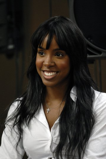 Happy birthday to the very beautiful and talented Kelly Rowland today!