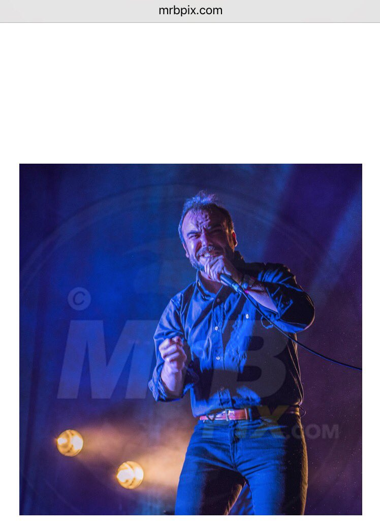 Pic of the day 2018..  Any feedback appreciated Please retweet if you like #photograph #photography #Nikon #performance #SamuelTHerring @futureislands #Glastonbury