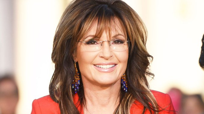 Happy birthday to fellow glasses wearer Sarah Palin!