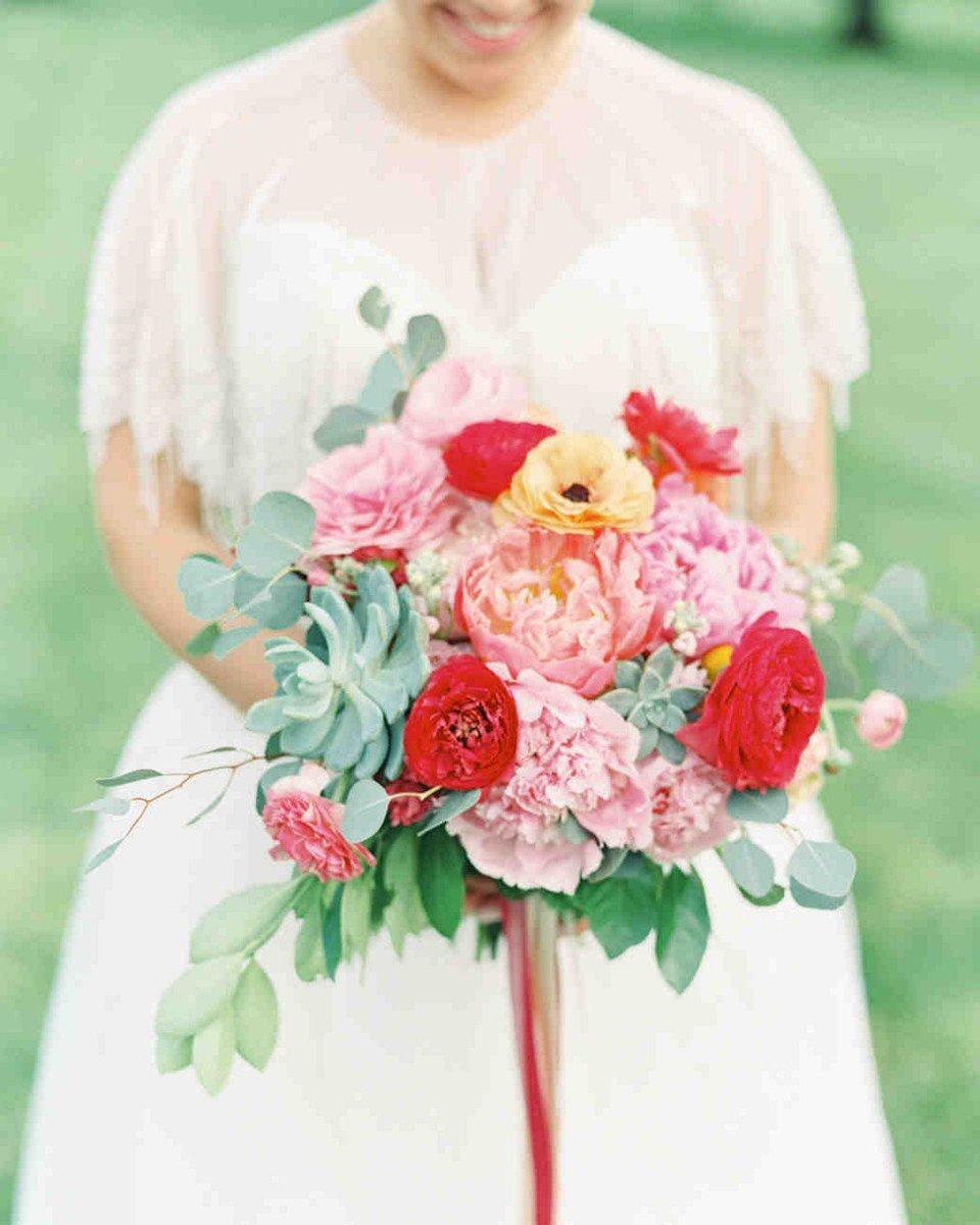 Martha Weddings On Twitter The 50 Best Spring Wedding Bouquets