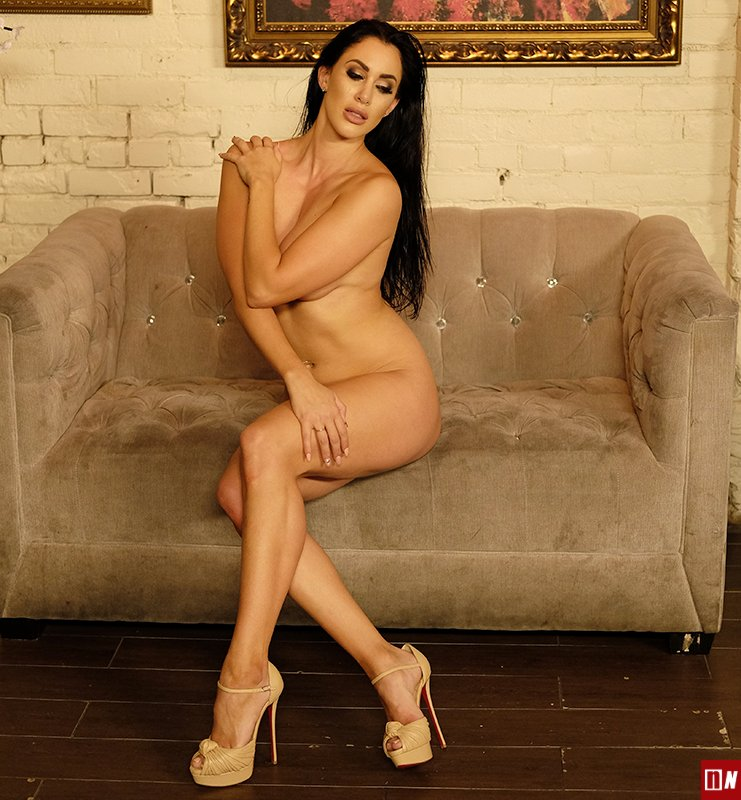 Josie Capllonch Nude