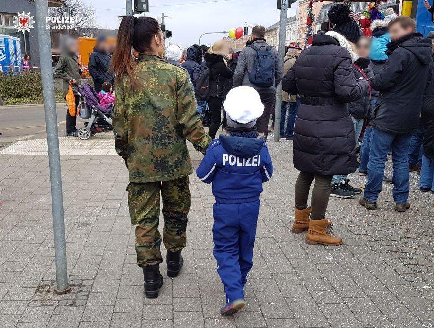 PolizeiBrandenburg_E (@PolizeiBB_E) | Twitter