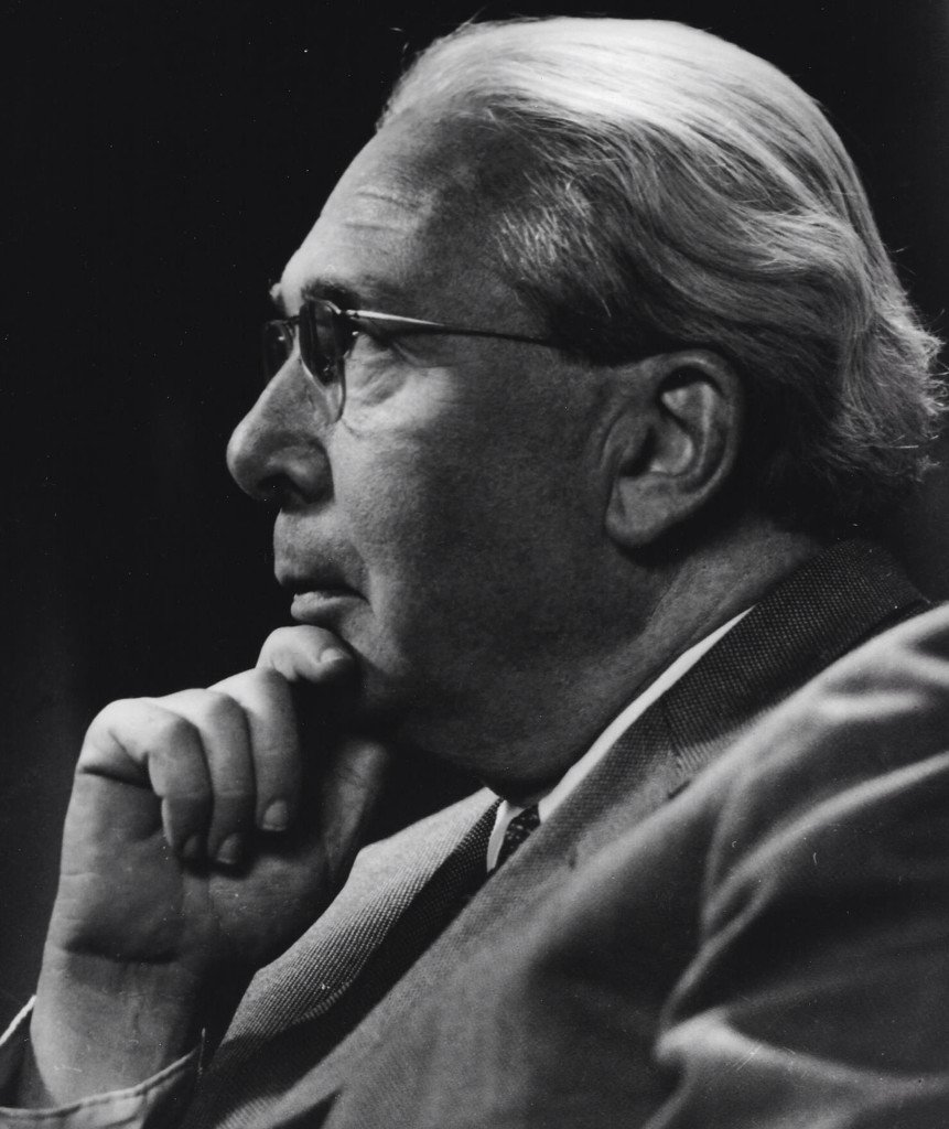 a biography of leo szilard a physicist Leo szilard ( hungarian silard, bela (1992) genius in the shadows: a biography of leo szilard: the man jewish hungarian-american physicist in sports leo.