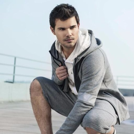 HAPPY BIRTHDAY TO TAYLOR LAUTNER