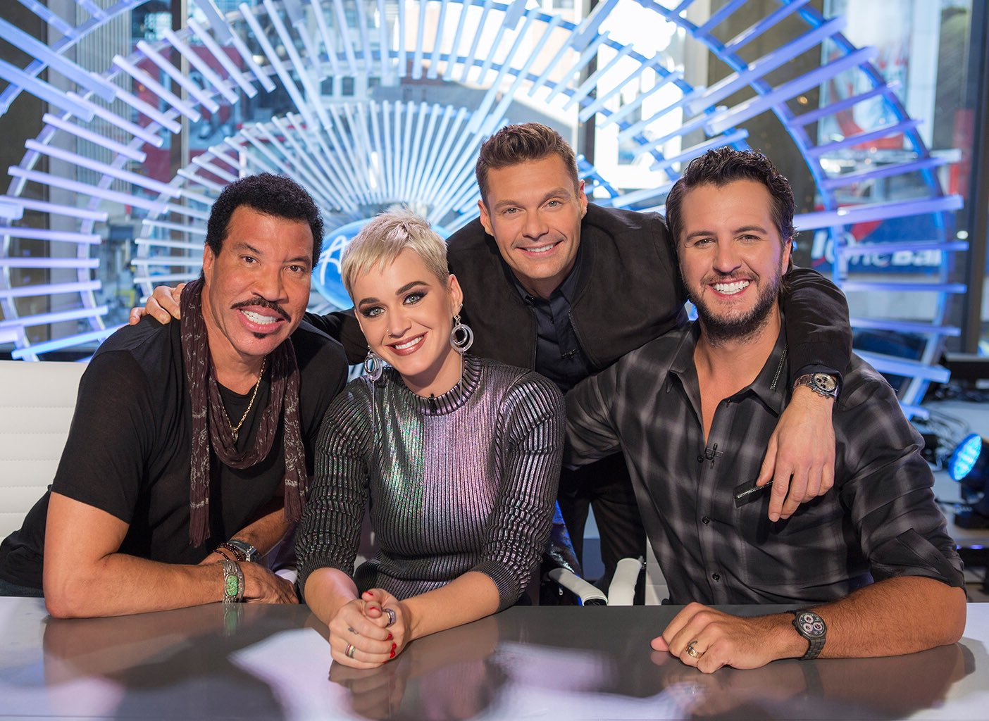 The countdown is on... T-minus one month until #AmericanIdol premieres March 11 on ABC! https://t.co/FW9JSFTZLN
