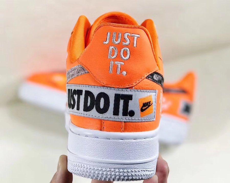 ee7d51064f35d Sneaker Bar Detroit on Twitter:
