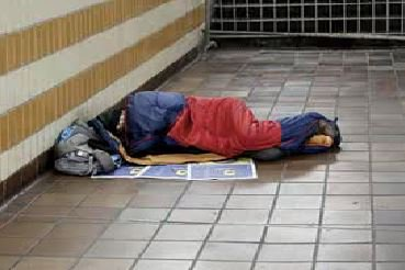 If you see a homeless person trying to sleep rough in tonight's freezing temperatures, you're urged to ring these emergency numbers: In Manchester 0161 2345339, in Liverpool 0300 1232041. Outreach teams say it could save someone's life.