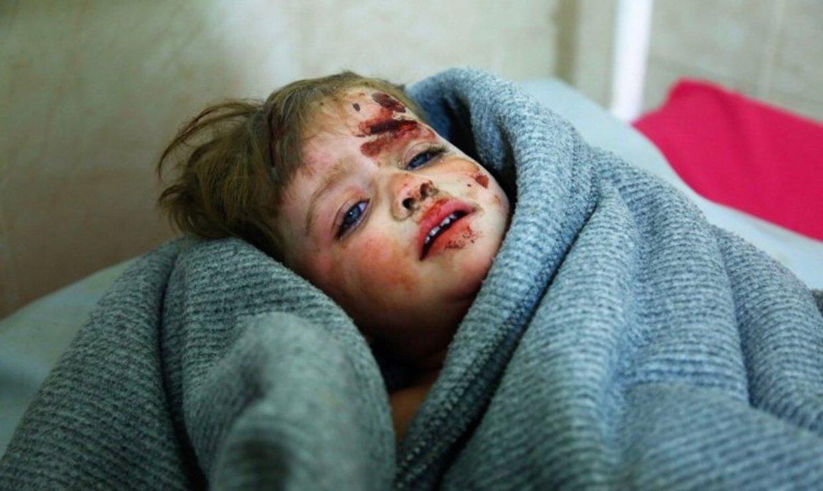 Dear child , God is watching. #Syria htt...