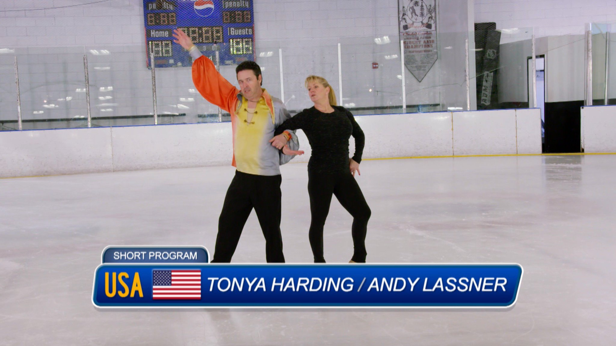 Good luck trying to unsee @AndyLassner skating with Tonya Harding. #Spandex #AverageAndy https://t.co/0JIMEkwHvL
