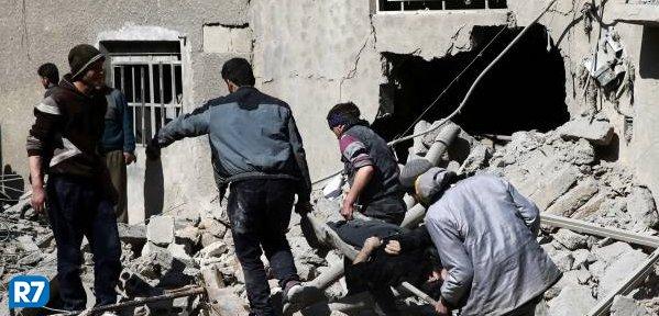 Conselho de Segurança da ONU pede trégua de 30 dias na Síria  https://t.co/ZMGgz4sizj