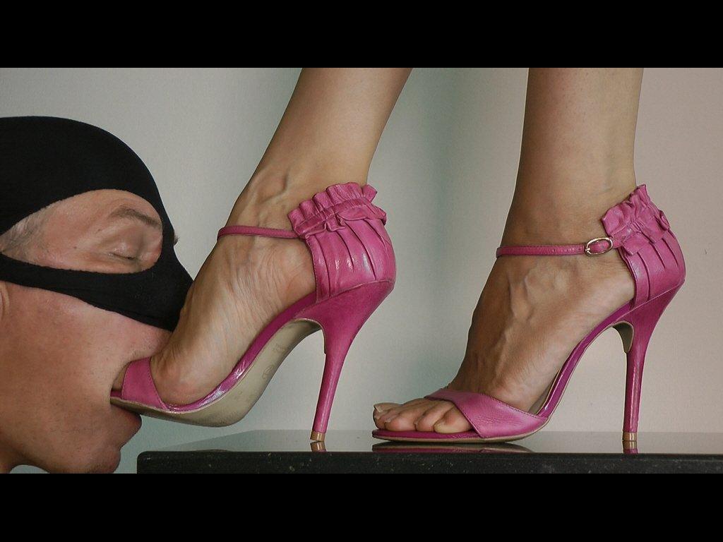 #femaledomination #footgagging #footwors...