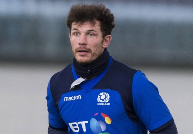 Couple of Scotland changes... Tim Swinson and Jamie Bhatti take to the field in place of Grant Gilchrist and Gordon Reid   Scotland 22 England 13. 58 mins gone #AsOne