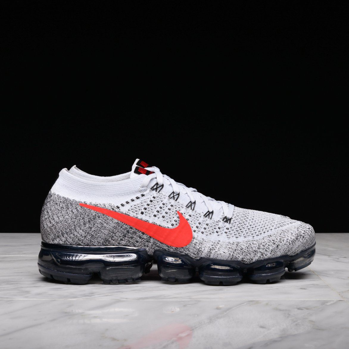 068ea195b1993 20% OFF select Nike Air VaporMax Flyknit colorways via  LapstoneHammeR OG  RED  http   bit.ly 2BZTy86 Triple White  http   bit.ly 2BJ2MVN Oreo 2.0  ...