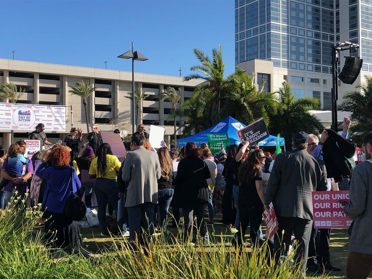 Proud to join the Working People's Day of Action at #CADem2018 ahead of Monday's Supreme Court hearing on Janice vs AFSCME Council 3. SCOTUS must stand with workers, not corporate interests! #UnrigTheSystem
