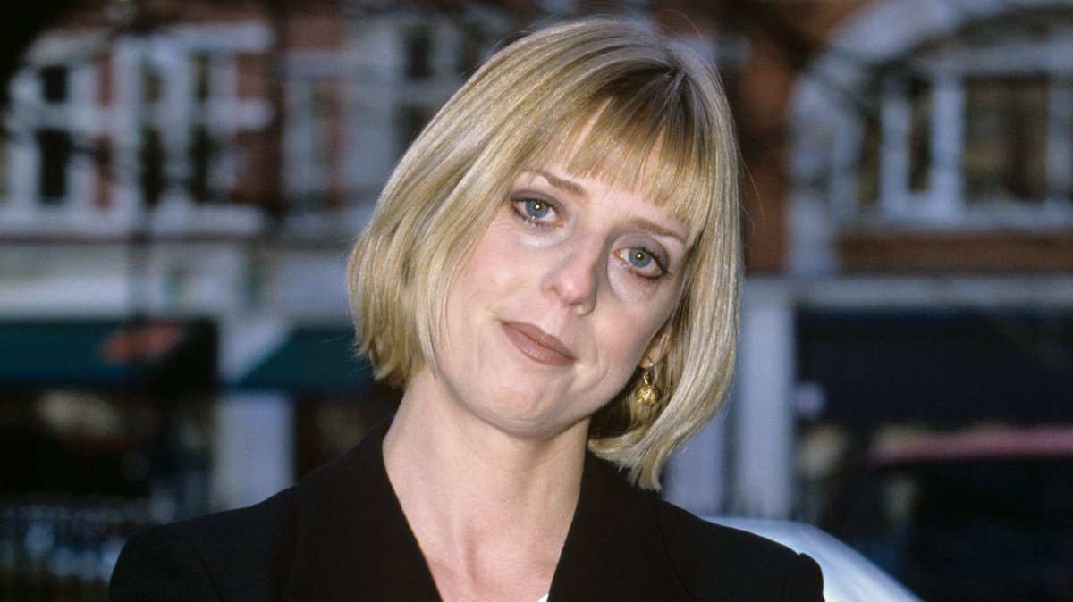 Hugh Grant paid tribute to actress Emma Chambers, who died at age 53 https://t.co/Ua3eDXrlyU