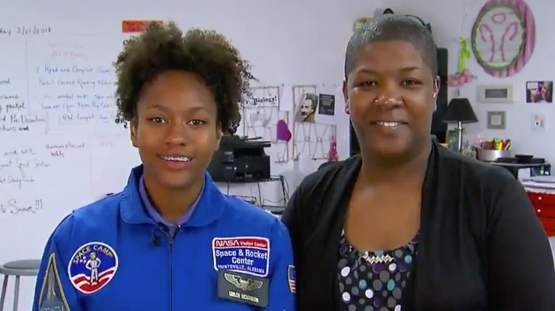 Hero teen has raised enough money to send 1,000 girls to A Wrinkle In Time https://t.co/8NFJxUDYA4