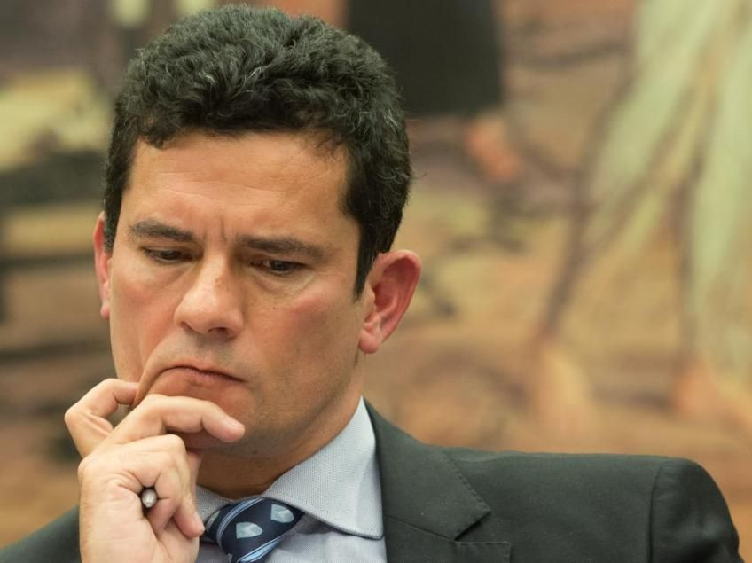 Moro ordena nova perícia em sistemas da Odebrecht na ação envolvendo Lula. Magistrado ordenou uma varredura para 'identificar documentos' que tenham relação com as reformas do sítio de Atibaia (SP).