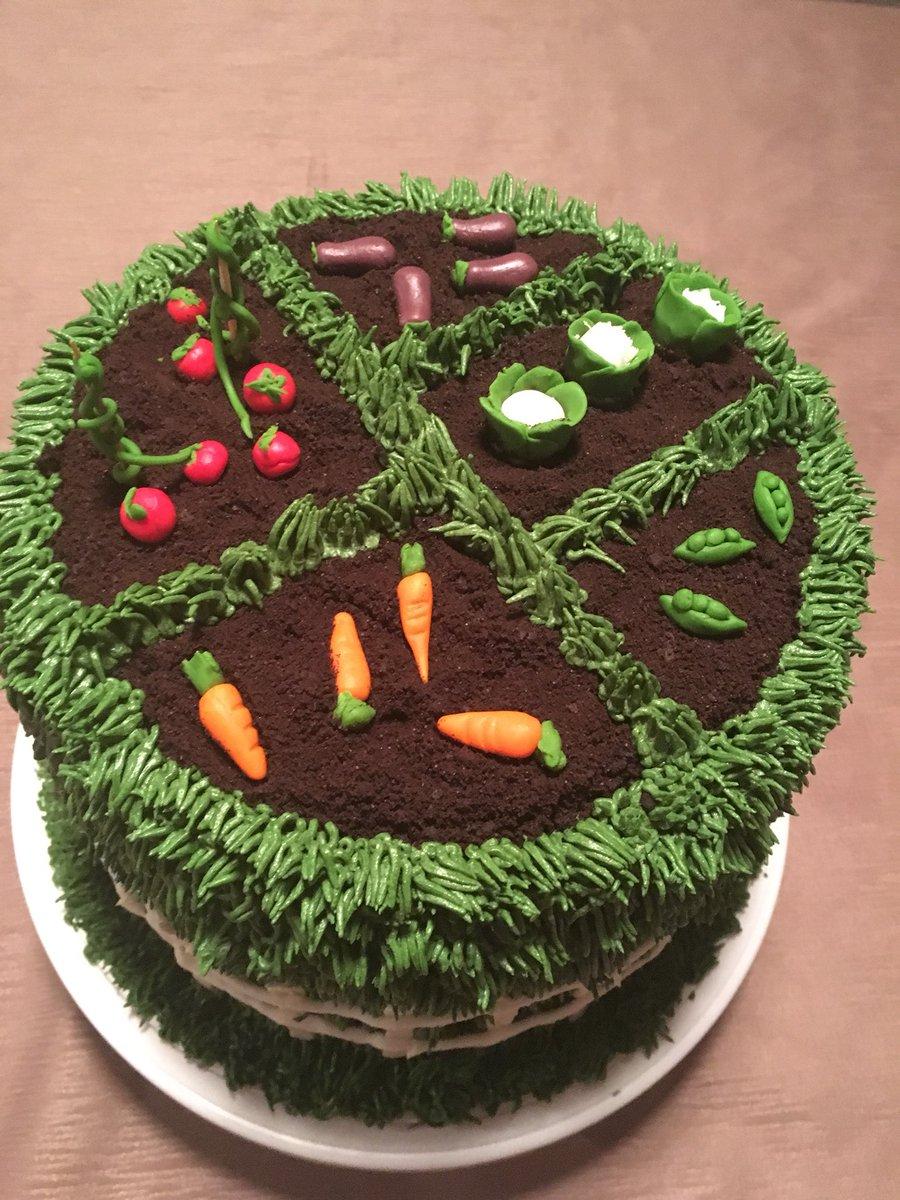 Fabulous Sabrina Degni On Twitter Garden Birthday Cake Funny Birthday Cards Online Alyptdamsfinfo