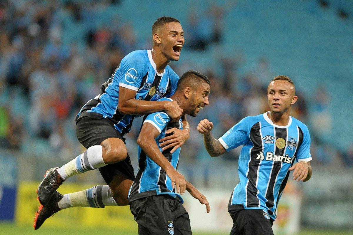 Com duas assistências e um gol de Jael, Grêmio vence o Novo Hamburgo por 3 a 0 em Porto Alegre e dorme fora da zona de rebaixamento do Gauchão https://t.co/aZh4ZefQPm